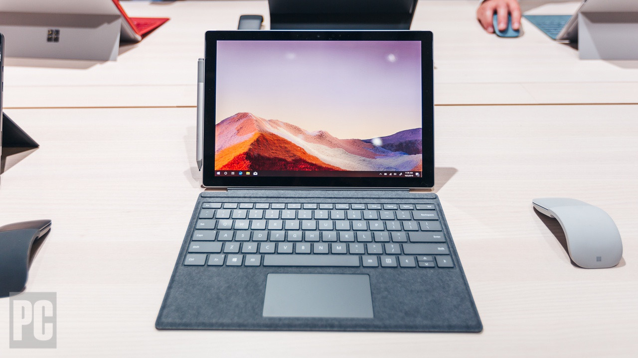 Hands On: Microsoft Surface Pro 7 Adds 'Ice Lake' CPUs, USB Type-C Ports